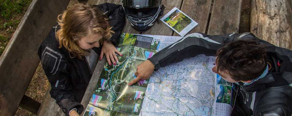 Maps and itineraries
